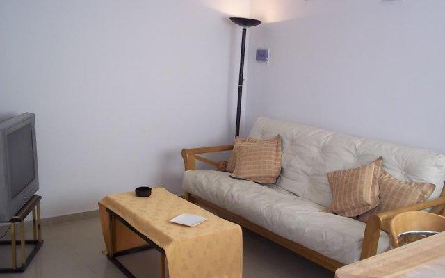 Отель Departamentos SR III Сан-Рафаэль комната для гостей