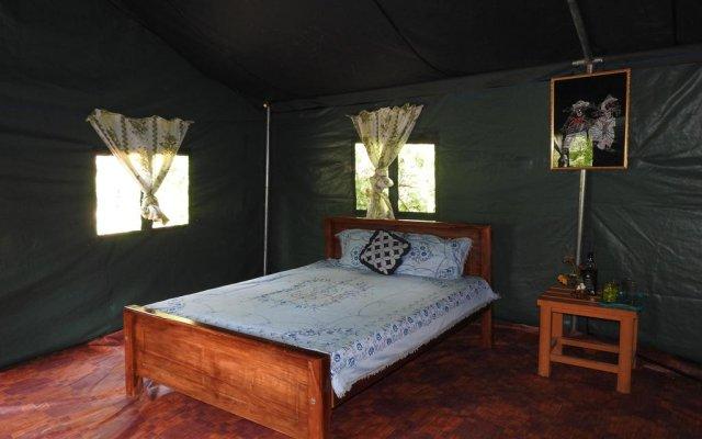 Отель Yala Peocok Camping комната для гостей