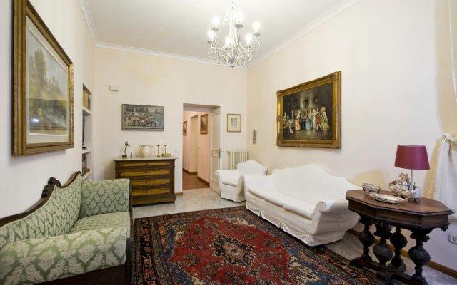 Отель Fontana de Trevi Apartment Италия, Рим - отзывы, цены и фото номеров - забронировать отель Fontana de Trevi Apartment онлайн комната для гостей