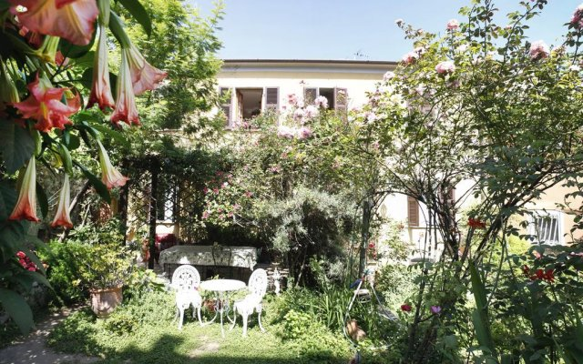 Il giardino segreto castelnuovo magra italy zenhotels