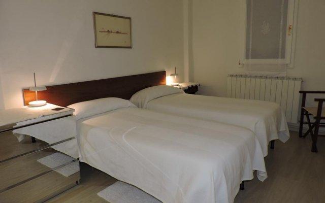 Отель Bed & Breakfast da Jo Италия, Болонья - отзывы, цены и фото номеров - забронировать отель Bed & Breakfast da Jo онлайн комната для гостей