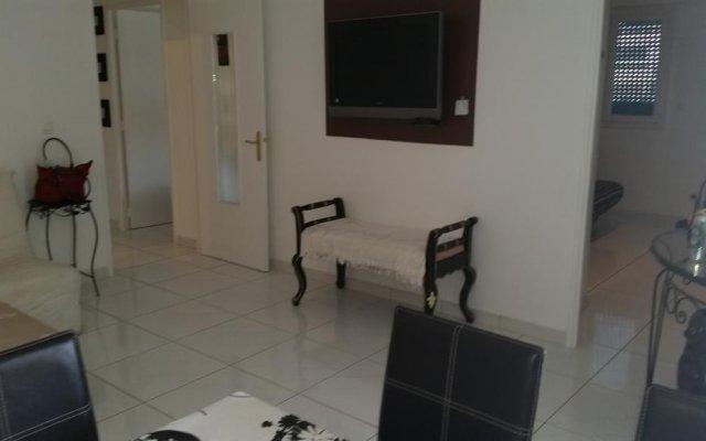 Отель Marazur Republique комната для гостей