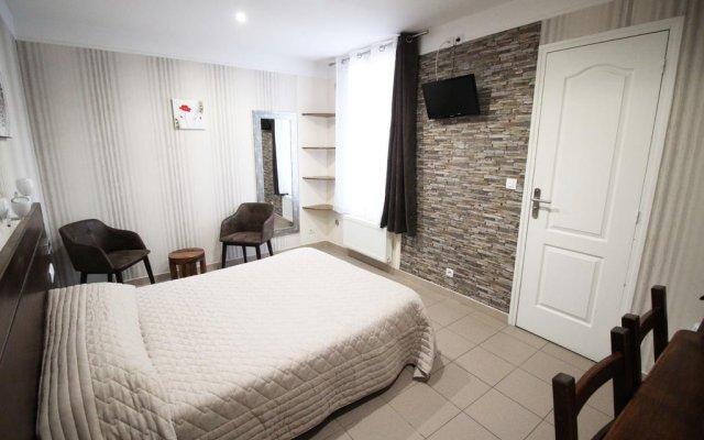 Hotel Des Pyrenees Париж комната для гостей
