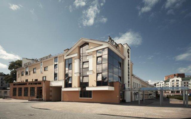 Гостиница Виктория На Замковой Минск вид на фасад