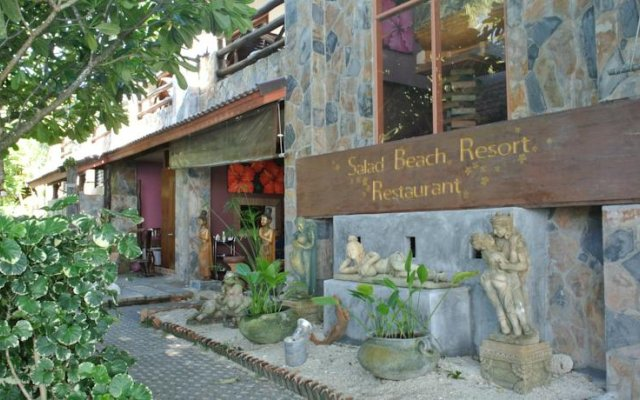 Salad Beach Resort