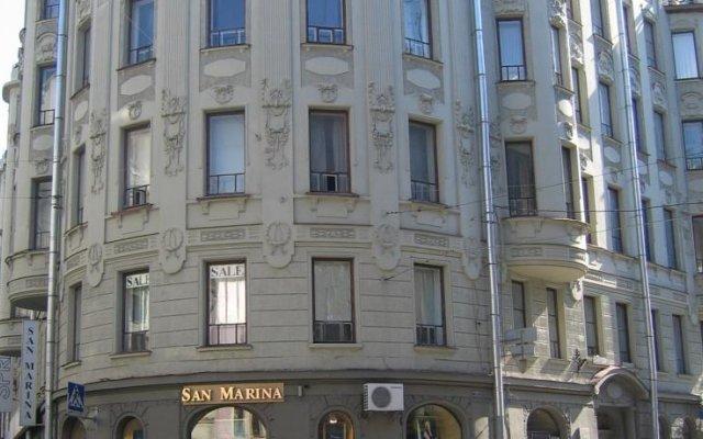 Отель Меблированные комнаты Амулет на Большом Проспекте Санкт-Петербург вид на фасад