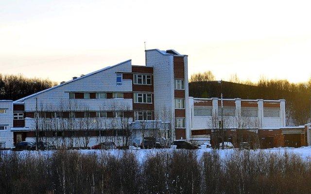 Отель Yunost Zapolyarya Мурманск приотельная территория