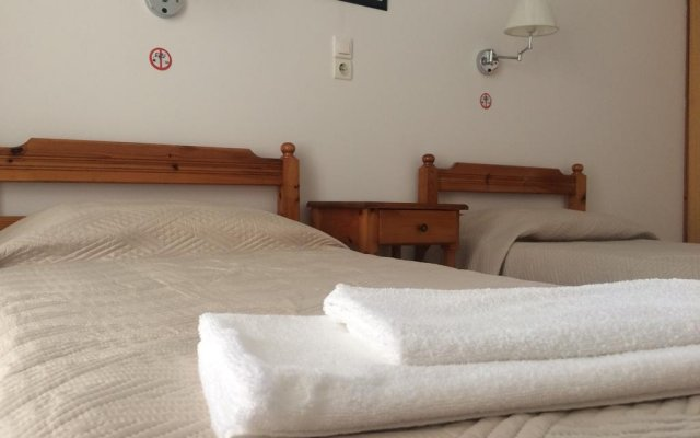 Отель The Mathraki Studios Adult Only комната для гостей