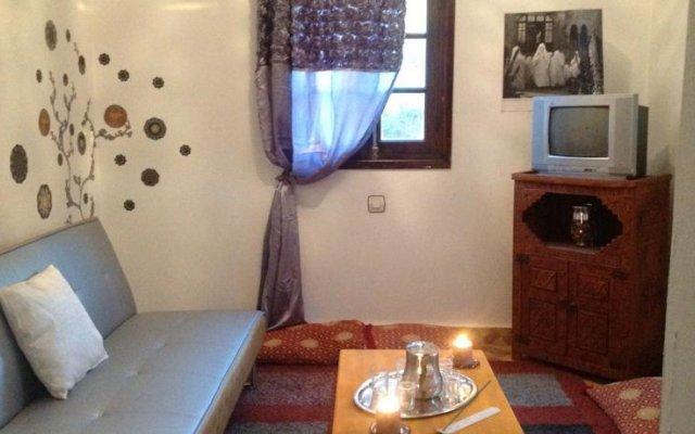 Отель Riad and Villa Emy Les Une Nuits Марокко, Марракеш - отзывы, цены и фото номеров - забронировать отель Riad and Villa Emy Les Une Nuits онлайн комната для гостей