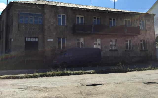 Vanadzor Hostel вид на фасад