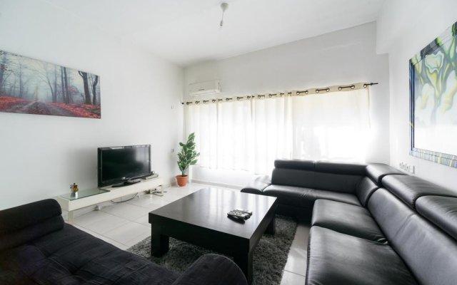Апартаменты Tel-aviving Apartments Тель-Авив комната для гостей
