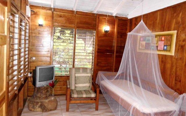 Admirable Picard Beach Cottages Portsmouth Dominica Zenhotels Download Free Architecture Designs Scobabritishbridgeorg