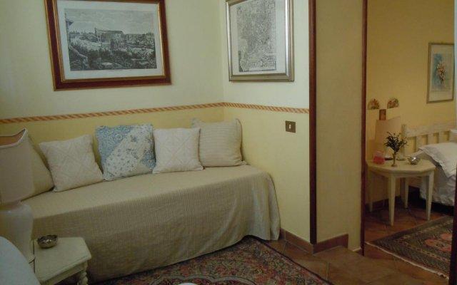 Отель Il Portoncino Verde Италия, Лидо-ди-Остия - отзывы, цены и фото номеров - забронировать отель Il Portoncino Verde онлайн комната для гостей