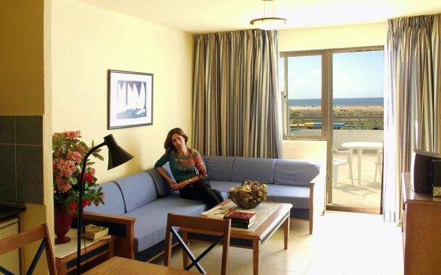 Отель Apartamentos Palm Garden комната для гостей