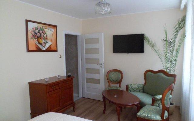 Отель Apartamenty Szlachecki i Pod Artusem Гданьск комната для гостей