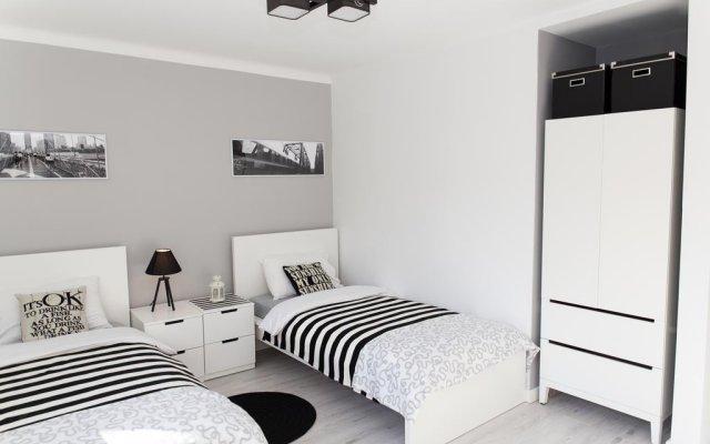 Апартаменты Warsawrent Hit Apartments комната для гостей