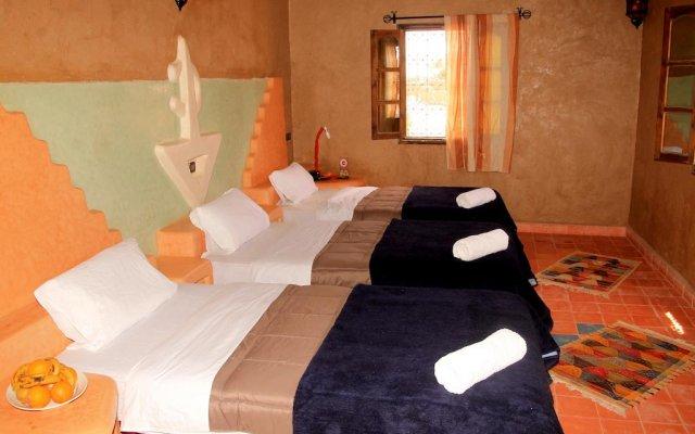 Отель Riad Ouzine Merzouga Марокко, Мерзуга - отзывы, цены и фото номеров - забронировать отель Riad Ouzine Merzouga онлайн комната для гостей