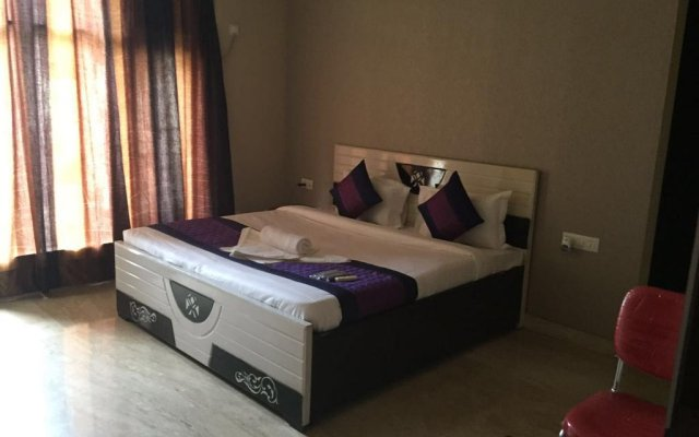 Hotel Golden Residency комната для гостей
