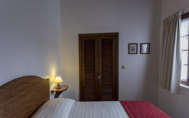 Отель Palácio Caloura комната для гостей