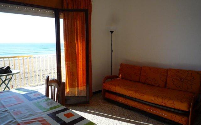 Отель Villa Service Apartamentos Aransol комната для гостей