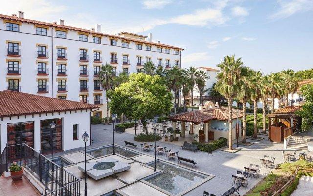 Отель PortAventura Hotel El Paso - Theme Park Tickets Included Испания, Салоу - 12 отзывов об отеле, цены и фото номеров - забронировать отель PortAventura Hotel El Paso - Theme Park Tickets Included онлайн