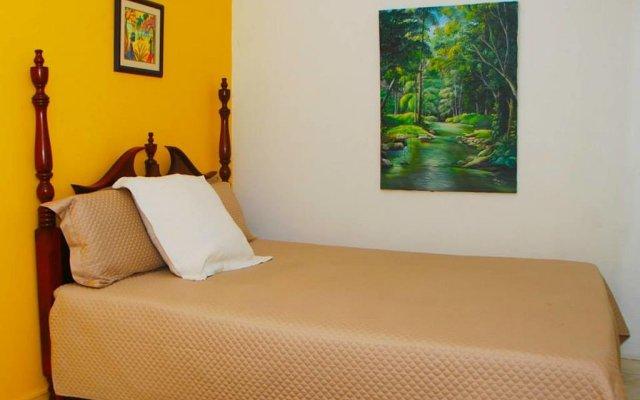 Отель Mango Tree Peaceful Pension комната для гостей