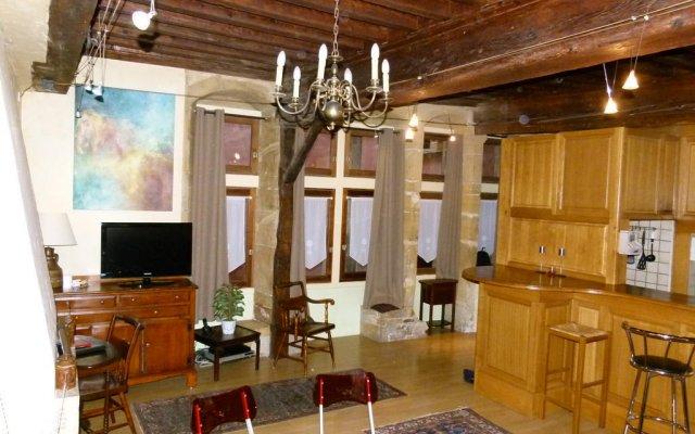 Отель Vieux Lyon Cour Renaissance Франция, Лион - отзывы, цены и фото номеров - забронировать отель Vieux Lyon Cour Renaissance онлайн комната для гостей