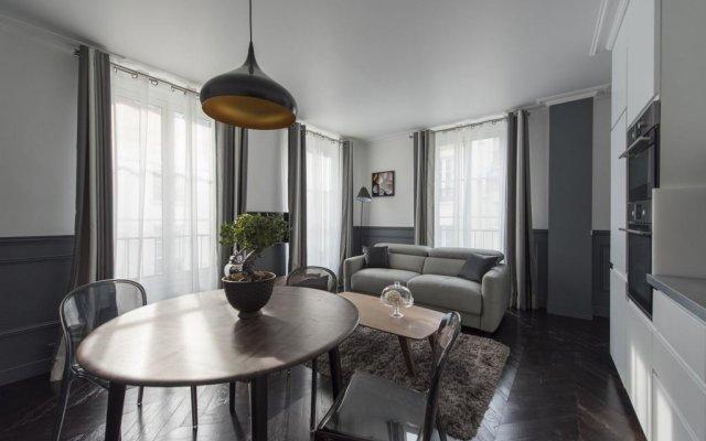 Отель Black Pearl Франция, Париж - отзывы, цены и фото номеров - забронировать отель Black Pearl онлайн комната для гостей