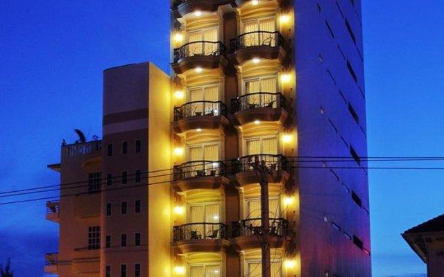 Fairy Bay Hotel вид на фасад
