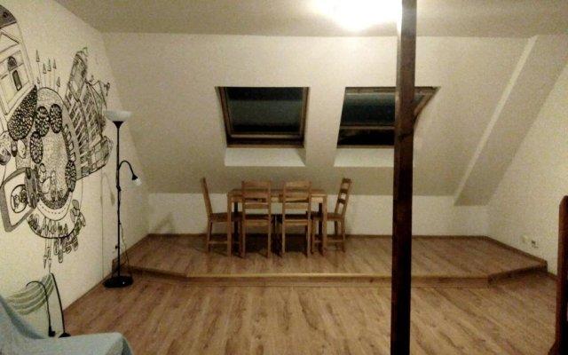 Pal's Hostel & Apartments комната для гостей