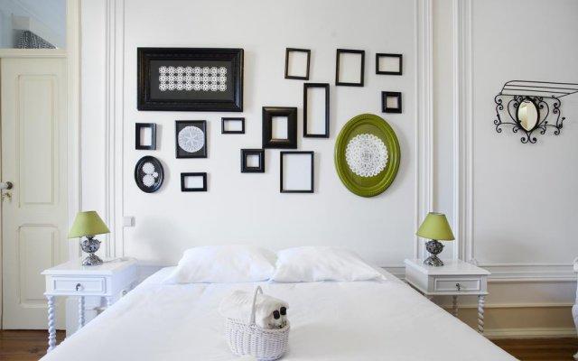 Отель Typical Lisbon Guest House комната для гостей