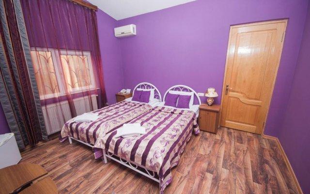 Отель Леадора комната для гостей