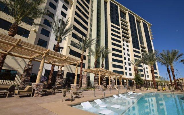 Отель The Berkley Las Vegas (No Resort Fees) США, Лас-Вегас - отзывы, цены и фото номеров - забронировать отель The Berkley Las Vegas (No Resort Fees) онлайн бассейн