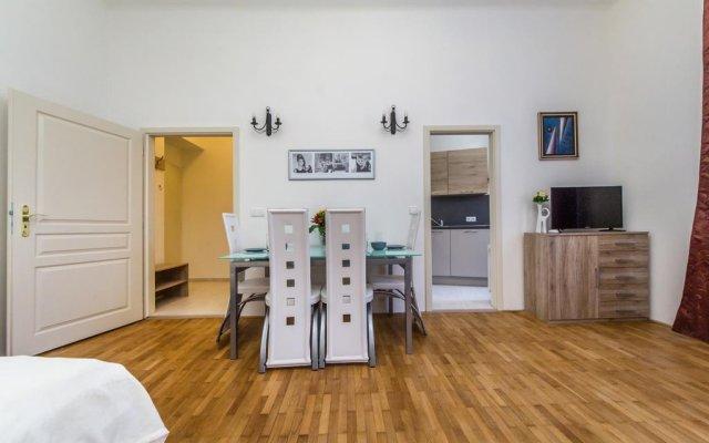 Апартаменты Josefov Apartments Прага комната для гостей
