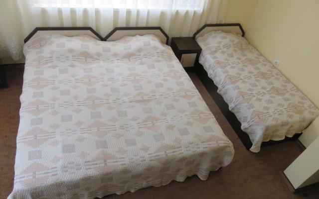Отель Family Hotel SunShine Болгария, Аврен - отзывы, цены и фото номеров - забронировать отель Family Hotel SunShine онлайн комната для гостей