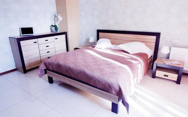 Гостиница Guest House na Naberezhnoy Харьков комната для гостей