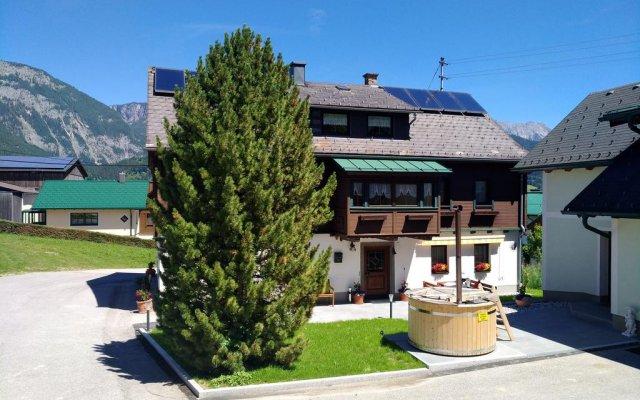 Отель Schmiedgut вид на фасад