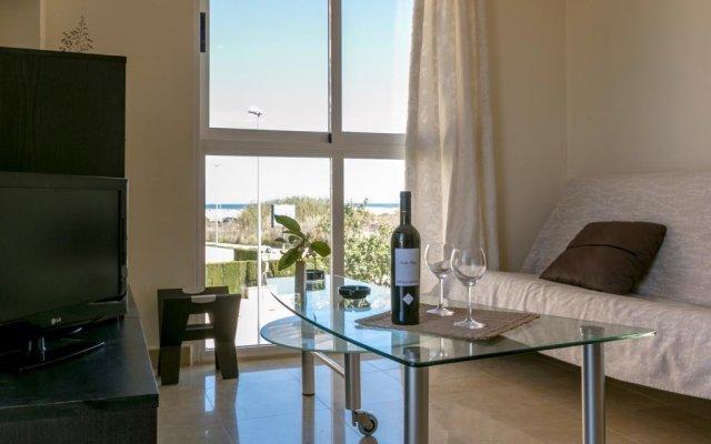 Отель Agua Marina Испания, Олива - отзывы, цены и фото номеров - забронировать отель Agua Marina онлайн комната для гостей