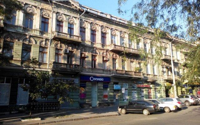 Гостиница Appartment Grecheskaya 45/40 вид на фасад