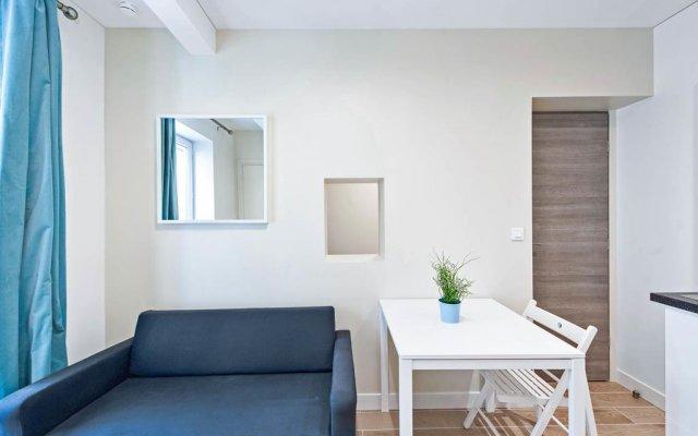 Отель Renovated 1 Bed for 3. Close to Bastille комната для гостей