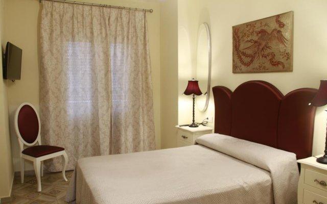 Отель Hostal Flor De Lis- Lojo комната для гостей