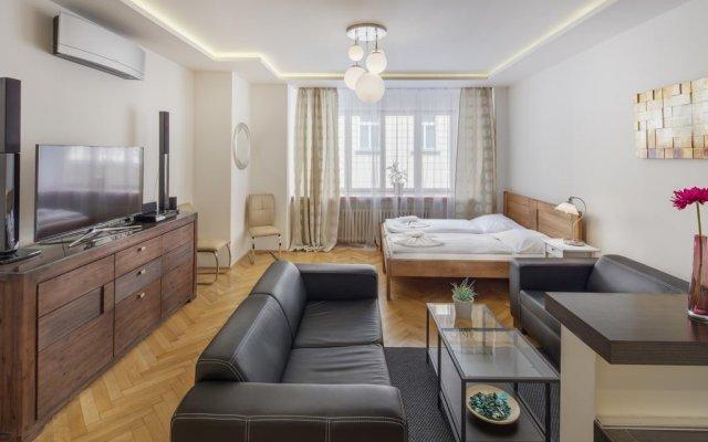 Отель Selinor Old Town Apartments Чехия, Прага - отзывы, цены и фото номеров - забронировать отель Selinor Old Town Apartments онлайн комната для гостей