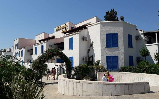 Hotel Aleksandar вид на фасад