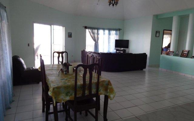 Отель Ensuenos Del Mar комната для гостей