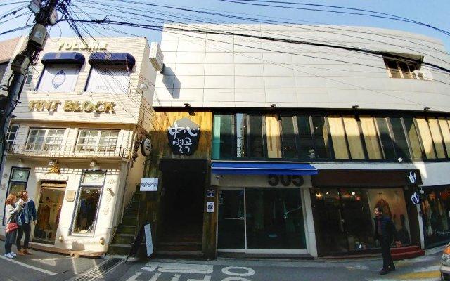 Pop @ Itaewon Boutique Guest House - Hostel Сеул вид на фасад