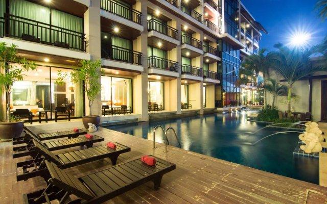 Отель Royal Thai Pavilion Hotel Таиланд, Паттайя - отзывы, цены и фото номеров - забронировать отель Royal Thai Pavilion Hotel онлайн бассейн