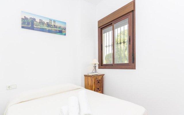 Отель Chalet Loma De Sanctipetri Кониль-де-ла-Фронтера комната для гостей