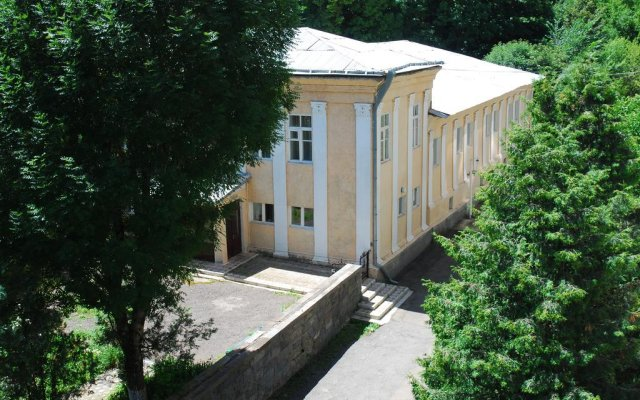 Отель Vanadzor Armenia Health Resort вид на фасад
