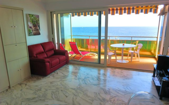 Отель Nestor&Jeeves Royal Luxembourg Terrasse Central Sea front Ницца комната для гостей