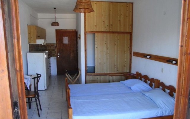 Отель Electra Studios комната для гостей